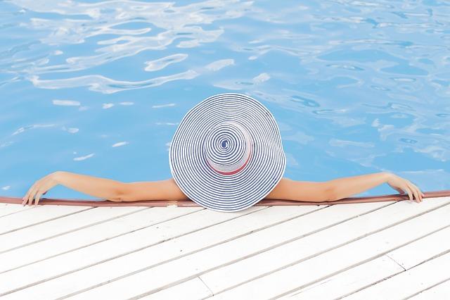 Was gilt es bei der Anschaffung eines eigenen Pools zu beachten?