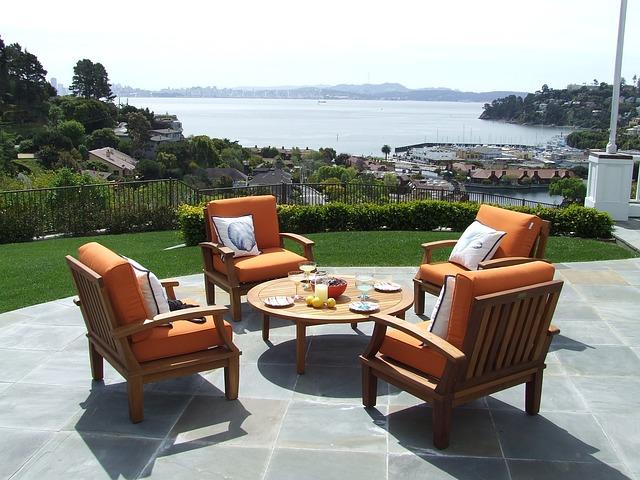 Was es beim Kauf von Gartenmöbeln zu berücksichtigen gilt