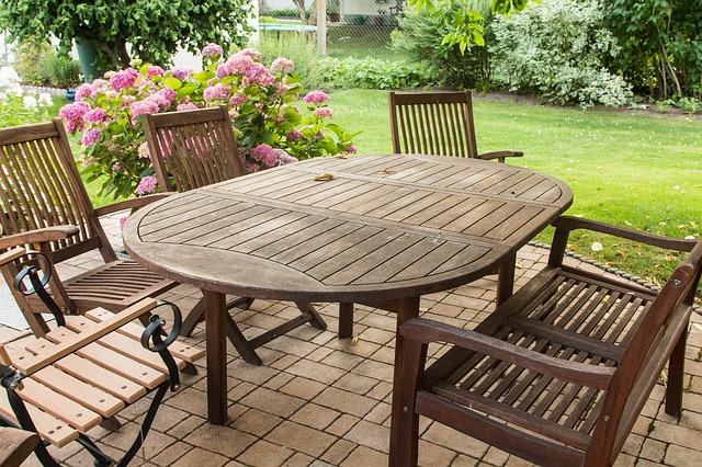 Gartenmöbel - auf das Material kommt es an